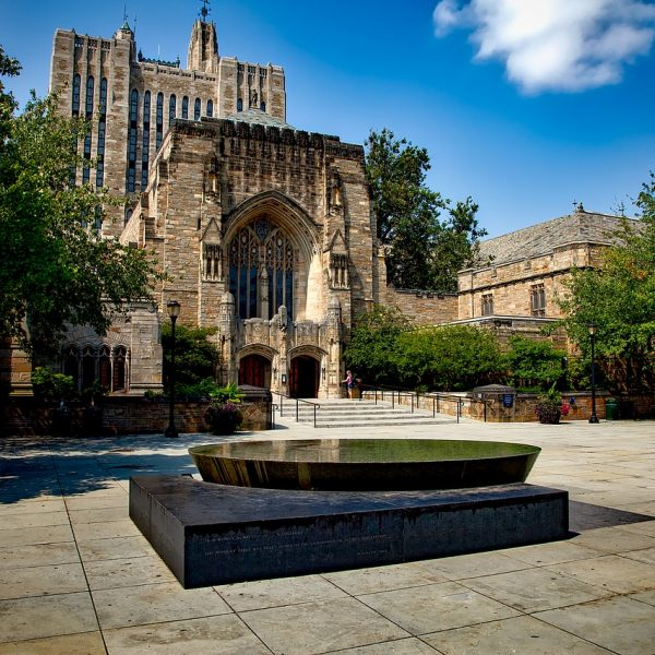 yale-university-ivy-league- via academica study abroad