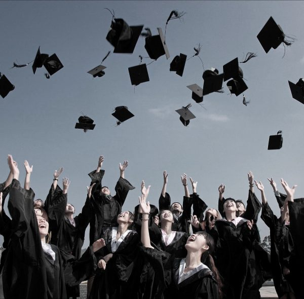 srednje škole u evropi i americi via academica