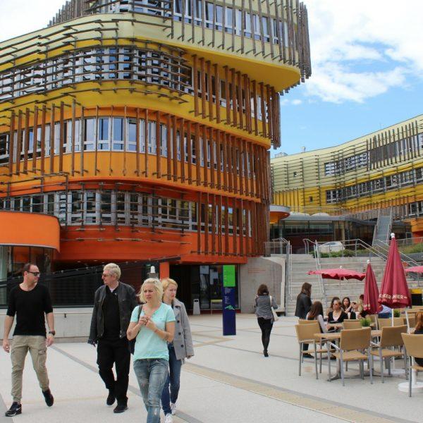 WU Vienna Bachelor Economics Finances Via Academica Scholarships study Austr